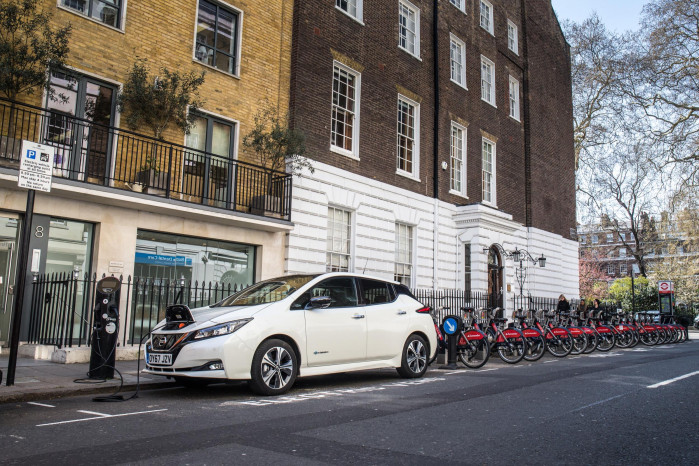 Spend £17bn on EV charge points to meet climate neutral goal, EU told