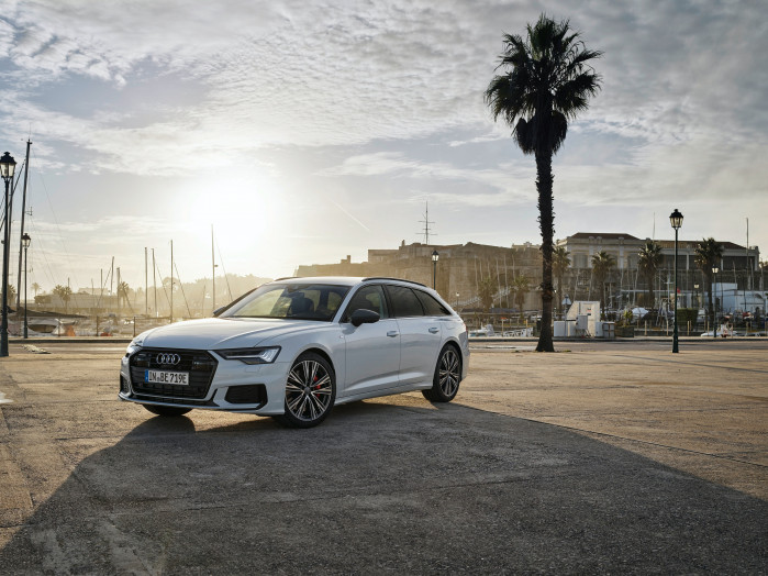 Audi adds plug-in hybrid option to A6 Avant