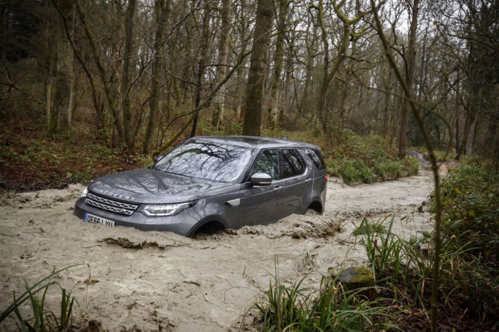 Land Rover's All-Terrain Driving Features Explained