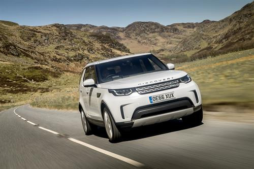 New Land Rover Discovery is Auto Express 'Car Of The Year 2017'
