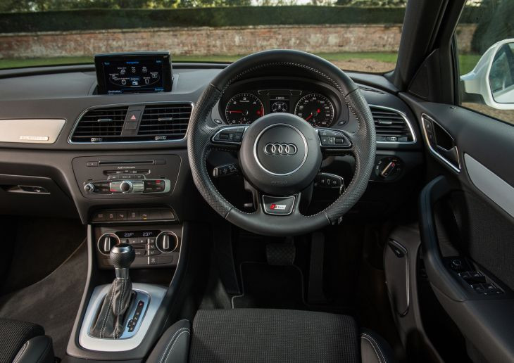 Drivers seat interior view of Audi Q3