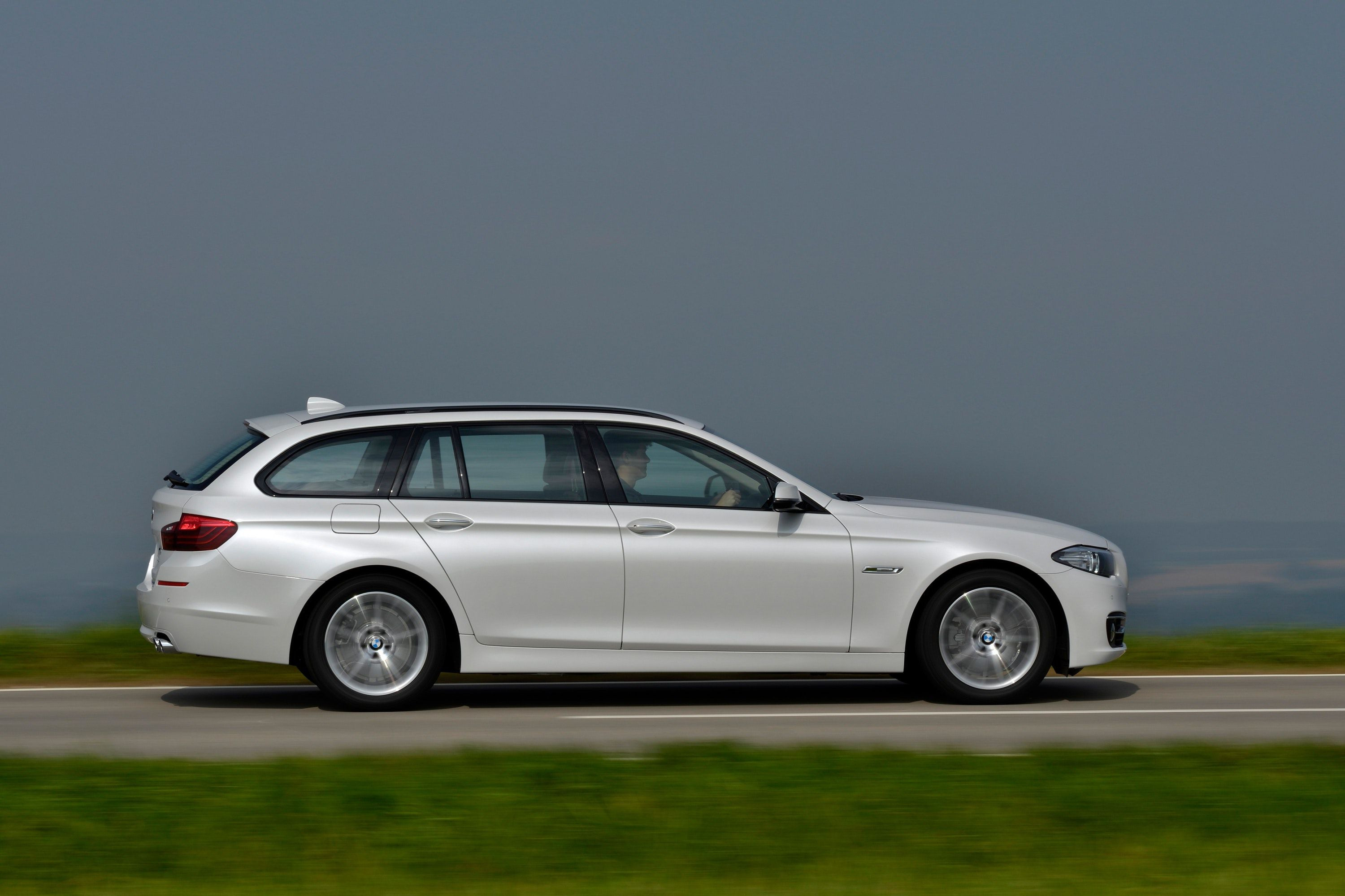 BMW 5 series touring seen side on