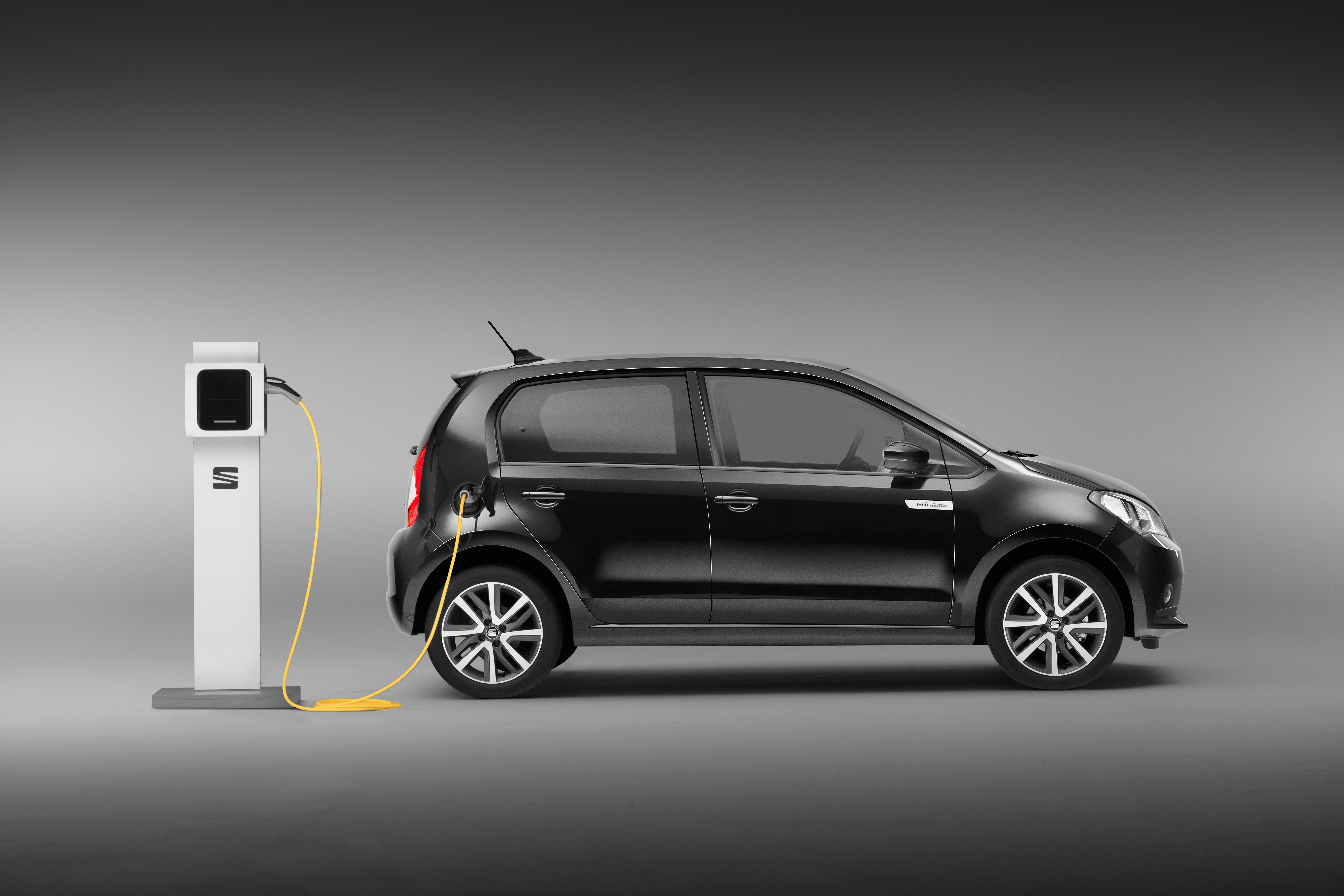 Side view of a Seat Mii Electric charging
