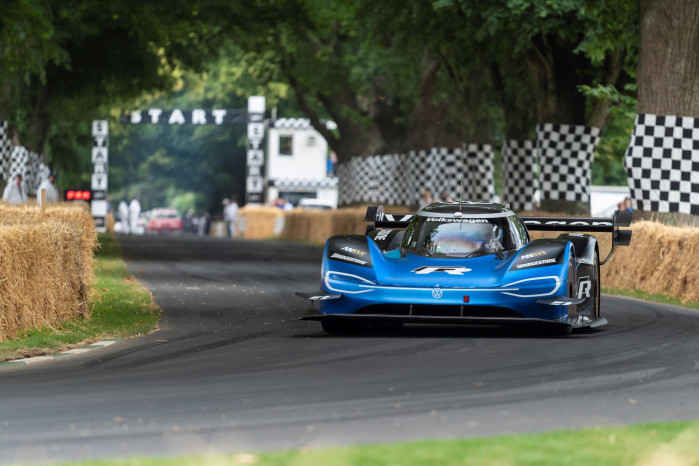All-electric Volkswagen ID.R breaks 20-year-old Goodwood hill climb record