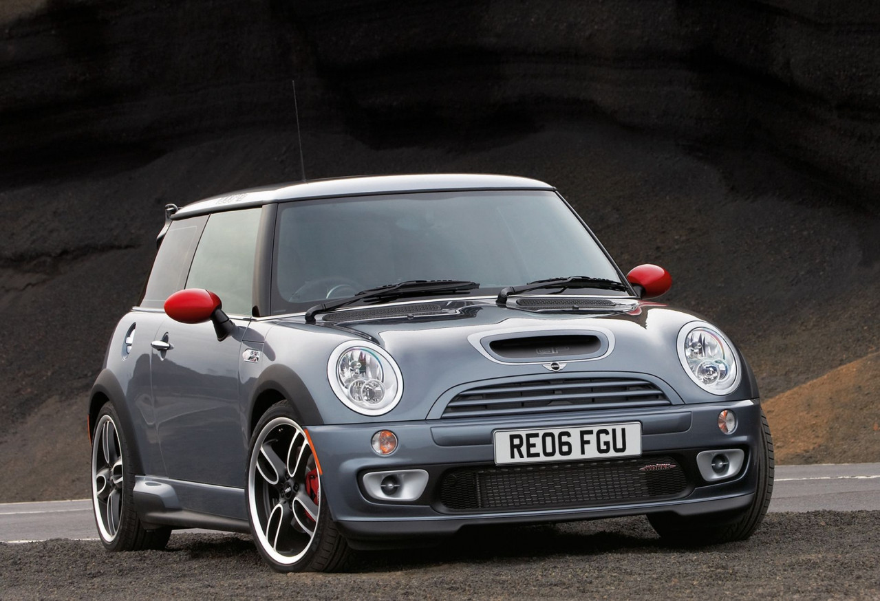 The most exciting fast Minis ever made