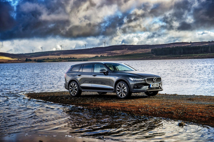 Driven: 2019 Volvo V60 Cross Country