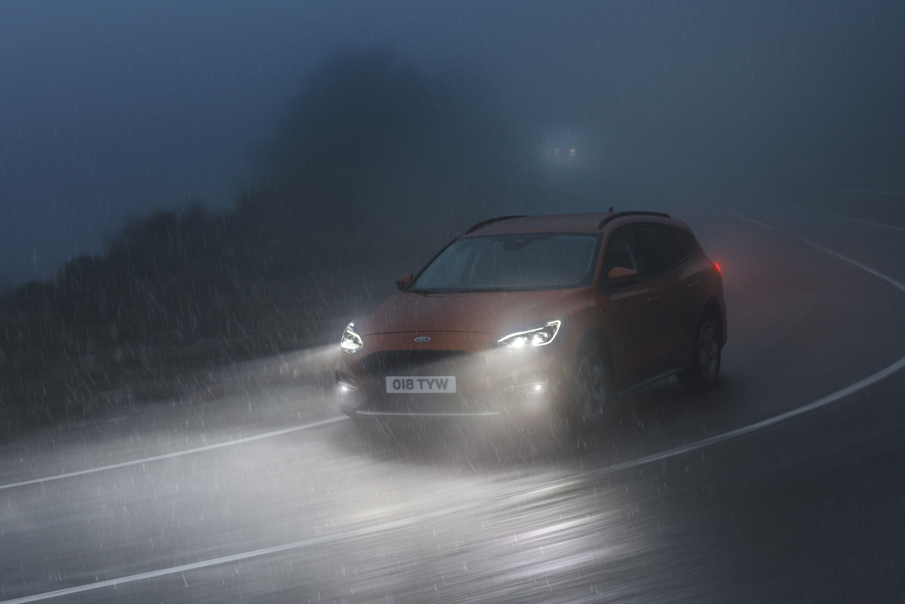 ford focus active driving in dark and rain