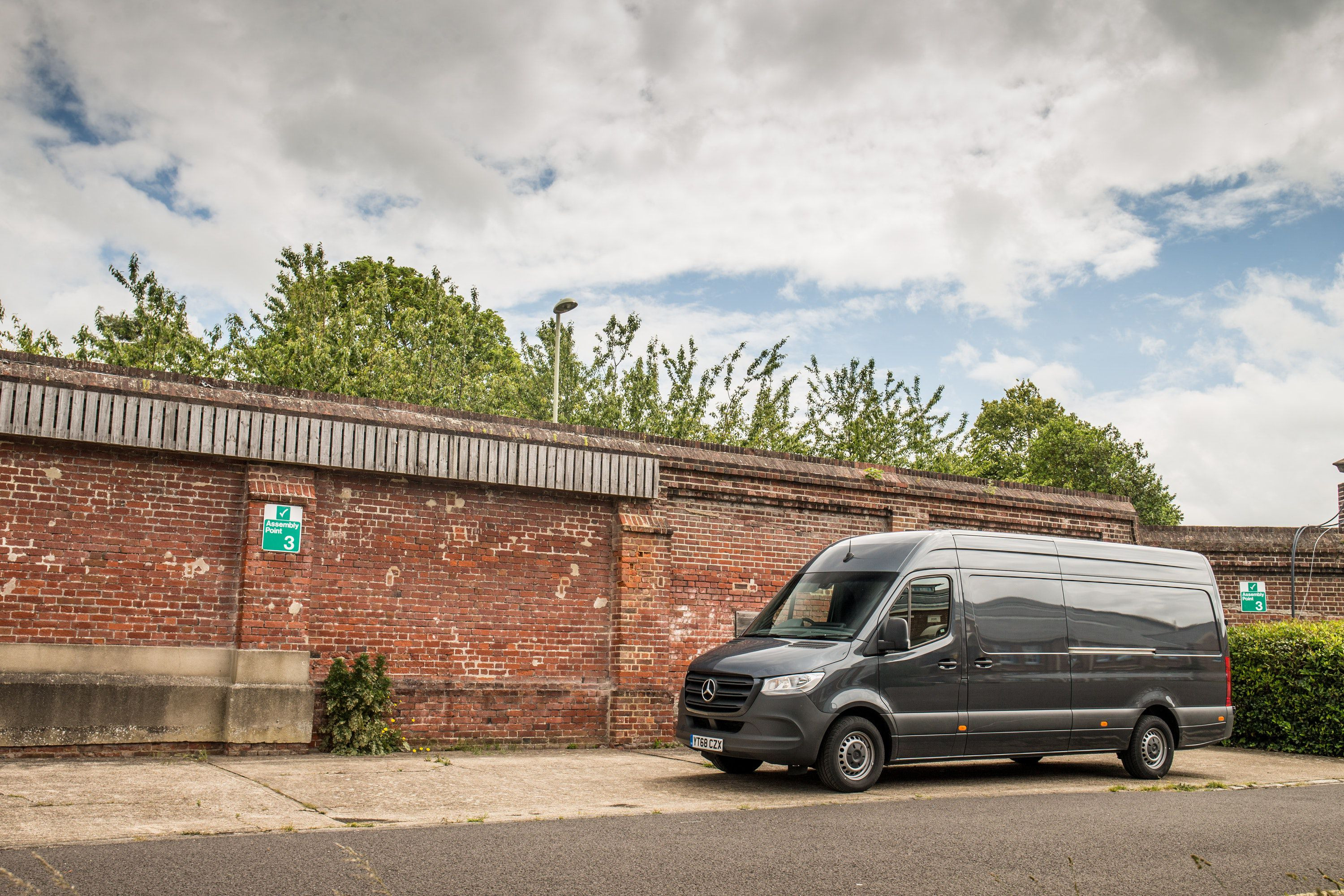 side view of Mercedes sprinter