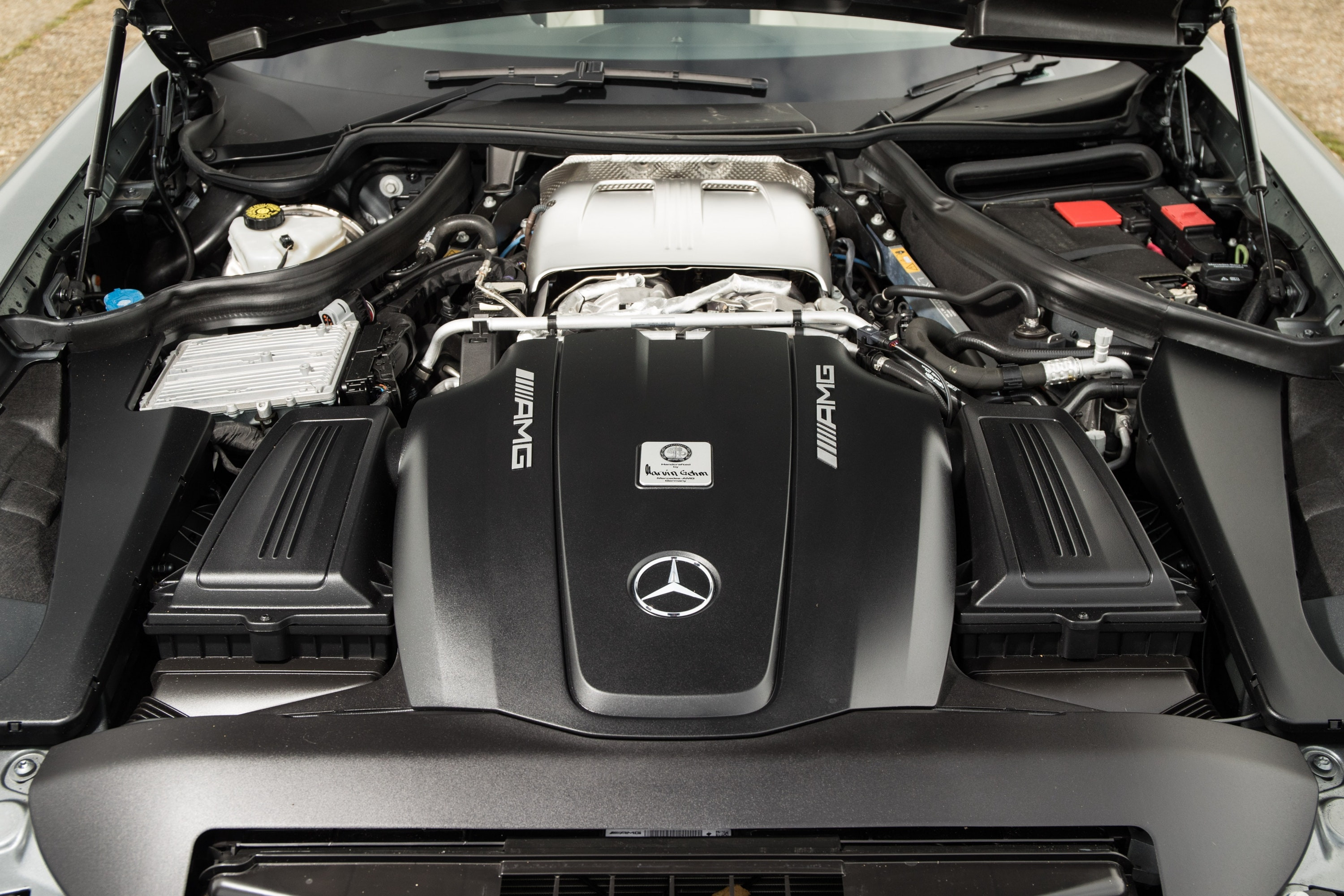 Mercedes-AMG GT C Roadster engine