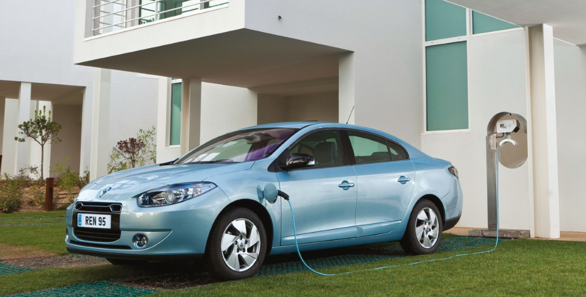 The very short-lievd electric car the Renault Fluence