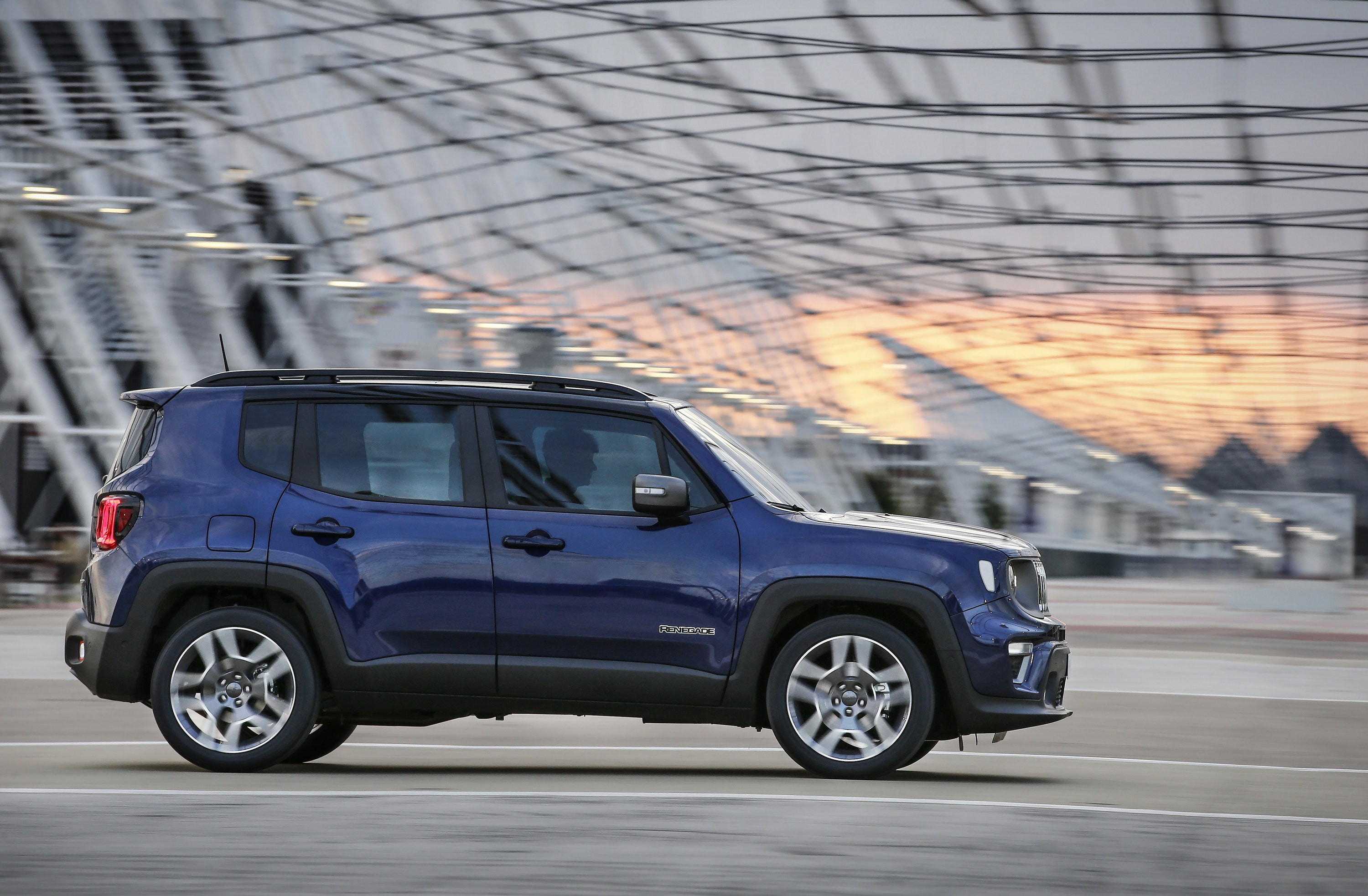 Blue Jeep Renegade side on