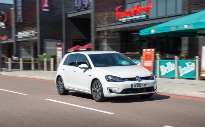 Used Hybrid Cars - Volkswagen Golf GTE Review