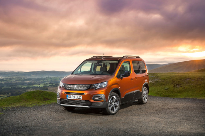Peugeot Rifter wins MPV of the year at 2019 scottish car of the year awards