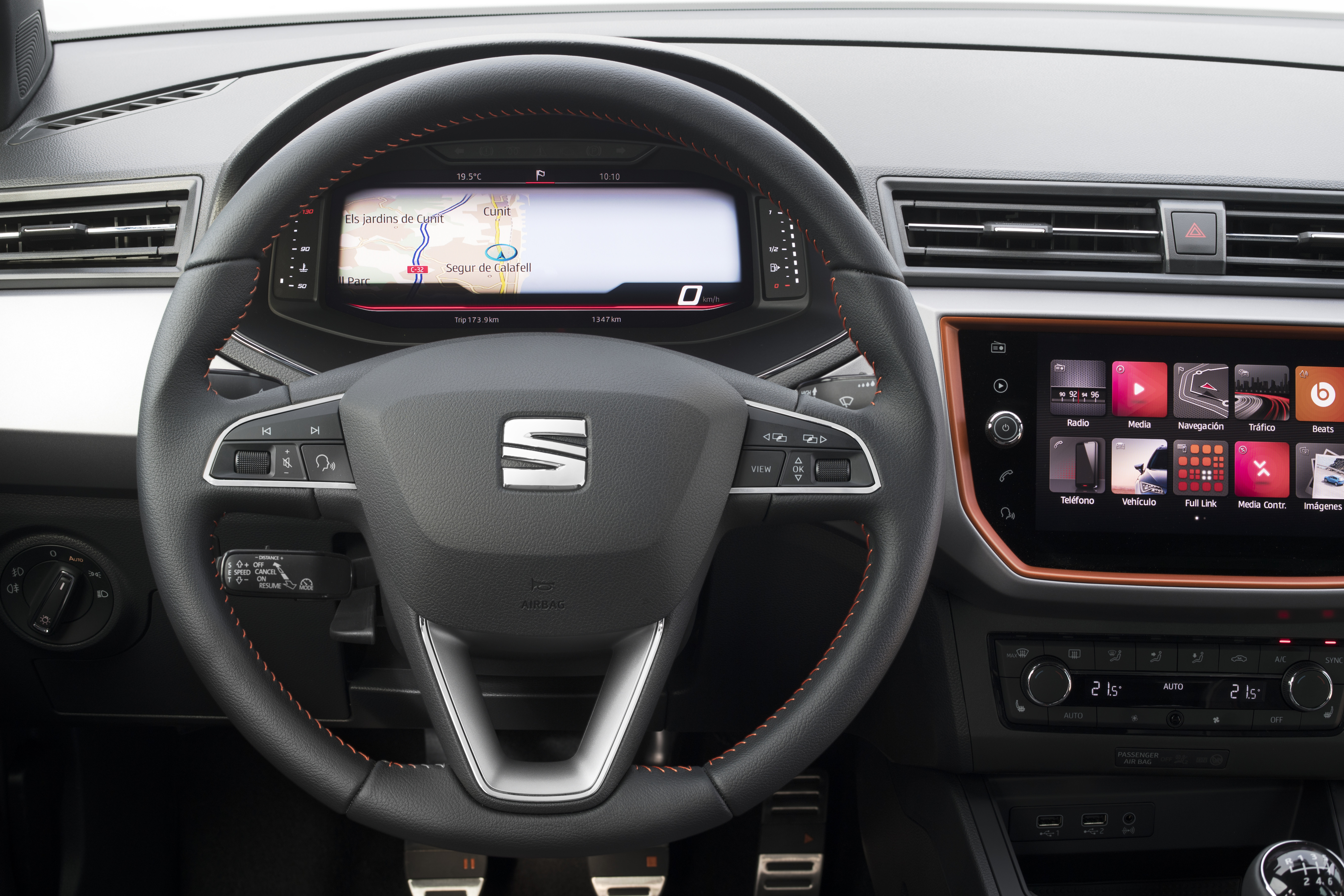SEAT Digital Cockpit for Arona and Ibiza